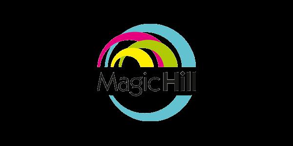 Logo hlavního partnera Klubu cystické fibrózy - Magic Hillu.